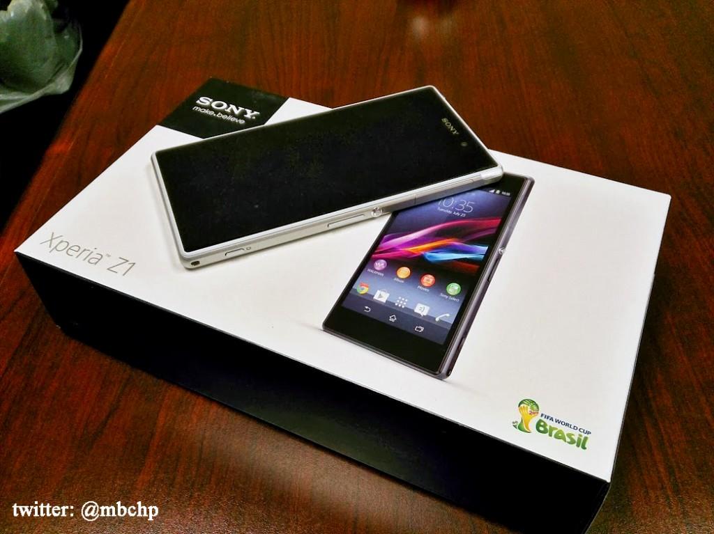 Sony Xperia Z1  Z Ultra  SmartWatch 2 Now Available for U S Xperia Z1 White Box